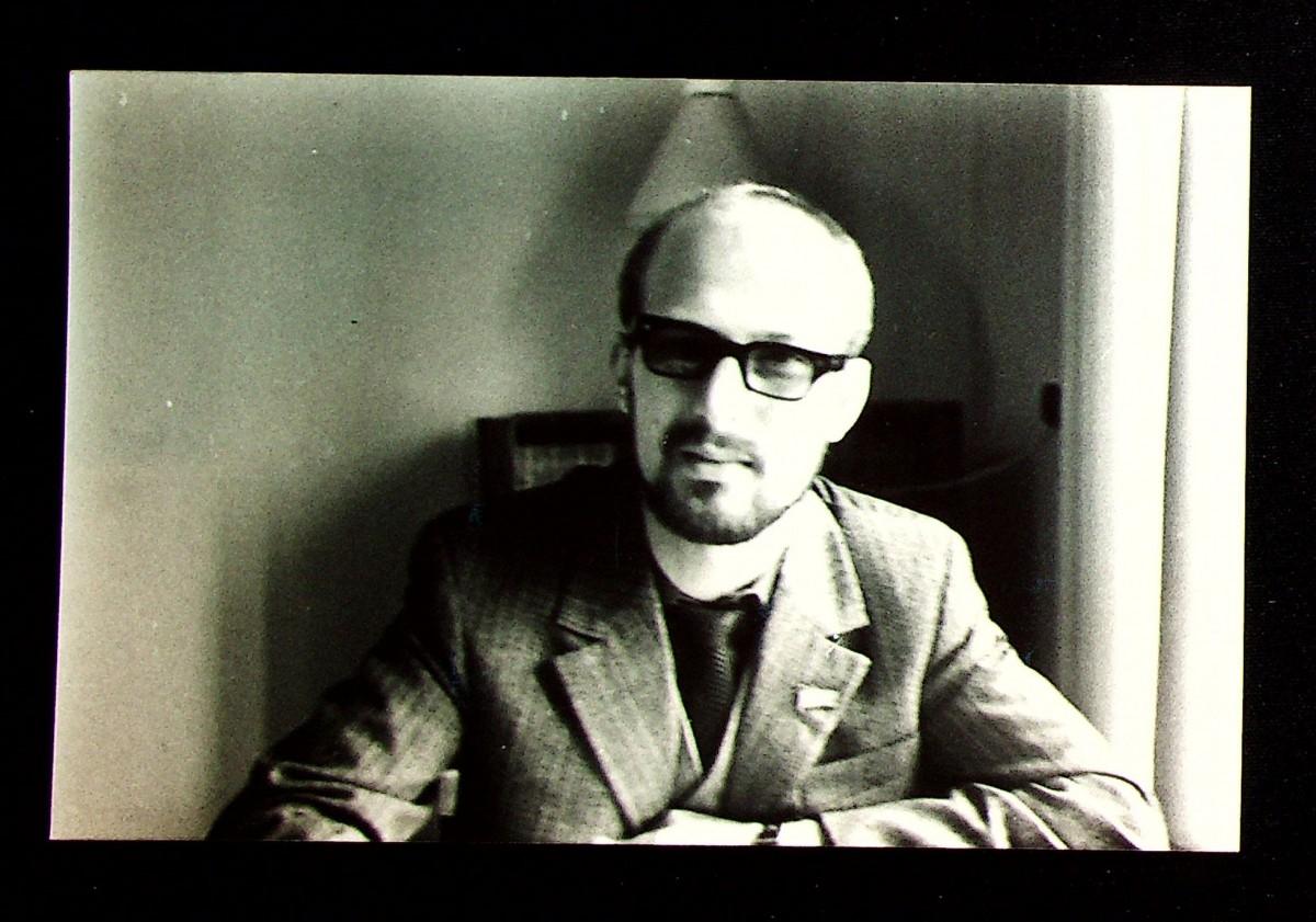 Фотография: Владимир Масленников – начальник отдела промышленности редакции городской газеты «Днестровская правда». г. Тирасполь, середина 1980-х годов.